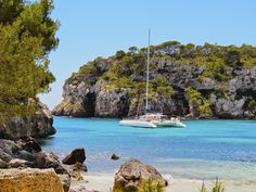 The beautiful beaches in Spain and Portugal offer an unforgettable summer experience, so if you wonder which to visit read on to find the best of the best. Portugal Travel, Spain And Portugal, Ciutadella Menorca, Costa, Most Beautiful Beaches, Turquoise Water, Wyoming, West Coast, To Go