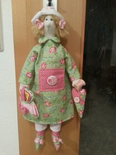 Dekoration Handarbeit Puppe