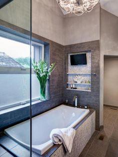 Ideas Bathroom Bathtub Decor Design For 2019 Modern Bathtub, Modern Bathroom, Small Bathroom, Master Bathroom, Luxury Bathtub, Bathroom Pink, Master Baths, Bathroom Showers, Boho Bathroom