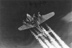 Boeing B-17G by D. Sheley, via Flickr