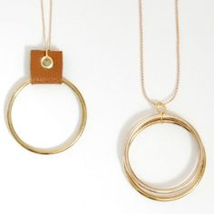This Rustic Gold Hoop Necklace tutorial is perfect for someone who is looking for a simple, yet stunning, DIY jewelry project. This tutorial shows you how to make a necklace in two different ways, but with the same gorgeous result.