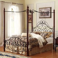 *Madera Deco Metal Canopy Bed Frame