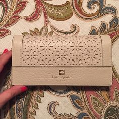 Kate Spade Wallet Beautiful Kate Spade wallet. It has been used and carried but it is in great condition!! kate spade Bags Wallets