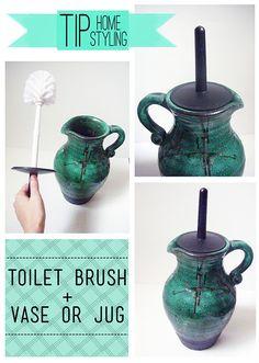 Classiest toilet brush ever Mermaid Bathroom, Toilet Brush, Watering Can, Bathroom Organization, Baden, Jar, Cleaning, Stylish, House Styles