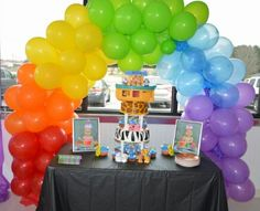 Cake table Twin Noahs Ark party. #balloon arch