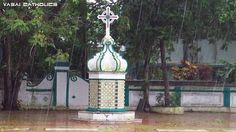 Cross in the premises of Mother of God Church, Palle, Vasai. Monsson click by Eric Furtado.