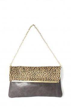Pignarea bag - Berlino. Leather shoulder bag / clutch bag grey and leopard pony, removable golden chain, magnetic closure, fully lined in emerald green, a little opened pocket iside. Pignarea Fall Winter Collection 2013-2014.