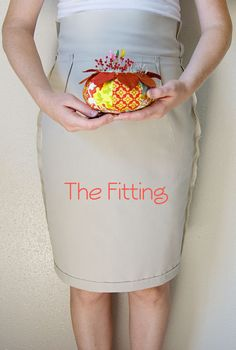 Step-by-step to sew a pencil skirt; this is Part 1: Pencil Skirt Sewalong – the Fitting » A Fashionable Stitch