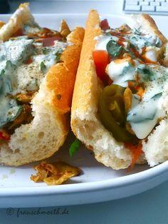 Genau das würde ich mir für die Mittagspause auf Arbeit wünschen: Das Wheaty Gyros im Baguette mit Sojajoghurt und Gemüse von Frau S.