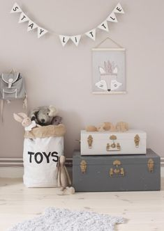 Create a luxurious and unique decoration for the kids' room with these stylish projects. Baby Bedroom, Baby Room Decor, Kids Bedroom, Bedroom Decor, Nursery Room, Ideas Dormitorios, Deco Kids, Kids Room Design, Kids Corner