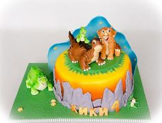 The inspiration of the cake is a scene of this lovely animation.