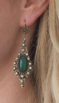 Kauniita - Elaborate Art Nouveau Chrysoprase Dangle Earrings, US$300 (http://www.kauniita.net/kauniita-jewelry/elaborate-art-nouveau-chrysoprase-dangle-earrings/)