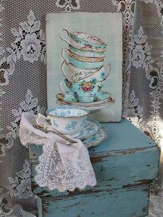 my shabby _ pintej Decoration Shabby, Shabby Chic Decor, Top Photos, Casas Shabby Chic, Owl Eyes, Shabby Chic Homes, Cottage Style, Country Decor, Shades Of Blue