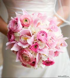 Il #bouquet è importante, anche quello del #vino  http://sposidivini.blogspot.it/2014/01/il-migliore-bouquet-da-portare-in-tavola.html