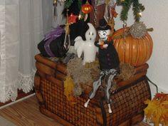 Under The Halloween Tree, Halloween 2006.