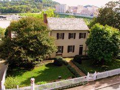 William Blount Mansion - Knoxville, TN by SeeMidTN.com (aka Brent), via Flickr