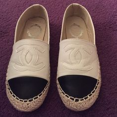 Espadrilles Excellent condition  faux leather size 9 fit like 8  black and white Shoes Espadrilles