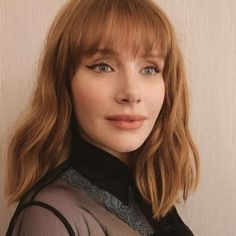 Let's be honest: It can be hard to pull off a fringe hairstyle. That's why we asked the experts what the best fringe hairstyles are to suit everyone. Bryce Dallas Howard, Amber Stevens West, Logan Marshall Green, Julie Bowen, Nick Robinson, Who People, Carey Mulligan, Michelle Williams, Zoe Saldana