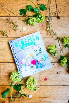 boek holly becker Books To Buy, Love Flowers, Fashion Photography, Entertaining, Floral, Projects, Blog, Painting, Decor