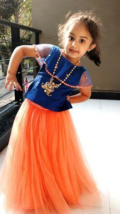 Different types of kids lehenga choli designs - ArtsyCraftsyDad Kids Dress Wear, Kids Gown, Little Girl Dresses, Girls Dresses, Kids Indian Wear, Kids Ethnic Wear, Baby Frocks Designs, Kids Frocks Design, Lehanga For Kids