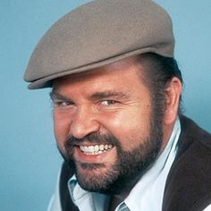 Dom DeLuise--great character actor Comedy Actors, Actors & Actresses, Funny Guys, Funny People, Annoying People, Art Musique, Funny Comedians, Great Comedies, Famous Men