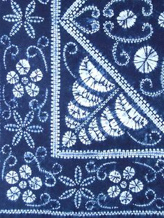 Another INDIGO SHIBORI CLOTH AND MATS SET from Japanese Tex-Style