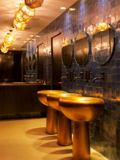 Etch Shades feature in the restaurant bathrooms. Image courtesy of Thomas Duval