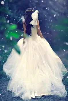 Winter's first kiss animation I made 💙🌨❄️💙 Beautiful Women Videos, Beautiful Love Pictures, Beautiful Gif, Beautiful Fairies, Beautiful Drawings, Angel Images, Angel Pictures, Love Wallpapers Romantic, Love Heart Images