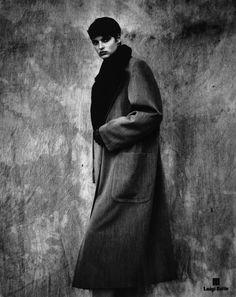 Linda Evangelista, photo by Peter Lindbergh, ~1989.