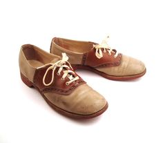 Saddle Shoes Vintage 1960s Brown Leather by purevintageclothing