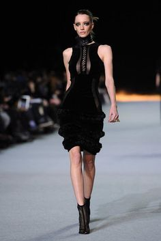 Kanye West - black shows so poorly on the runway, but this is really pretty and strong at the same time