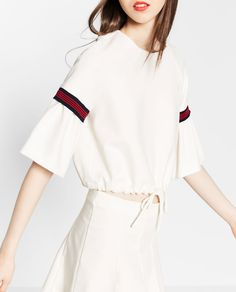 Image 4 of FRILLED SLEEVE TOP from Zara
