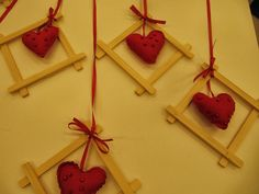 Handicraft, Christmas Crafts, Triangle, Diy Crafts, Kids, Food, Games, Craft, Young Children