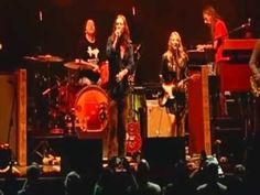 "The Black Crowes - ""Show Me"" (with Derek Trucks & Susan Tedeschi) - YouTube"
