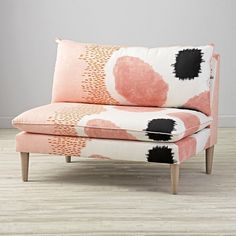 8 Relaxing Tips AND Tricks: Modern Upholstery Wall Art upholstery armchair colour.Vintage Upholstery How To Paint upholstery design tips.Upholstery Diy How To Remove. Settee Sofa, Upholstered Chairs, Pink Settee, Furniture Styles, Kids Furniture, Furniture Decor, Compact Furniture, Furniture Upholstery, Paint Upholstery