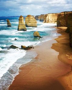 This morning we had breakfast at the #12apostles on the #greatoceanroad by bexliveshere http://ift.tt/1ijk11S