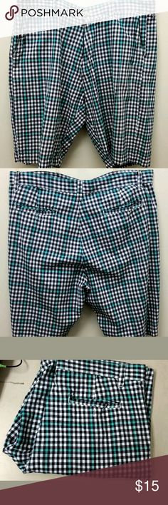Men's Siegfried Vintage Bermuda Shorts You are Buying a Men's Siegfried Vintage Bermuda Shorts Plaid Multi Blue Size 36 - Retail $54  It is in Great Used Condition with No Damage, Stains or Rips from a Pet and Smoke-Free Home. siegfried vintage Shorts Flat Front