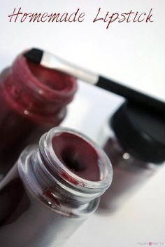 Easy Makeup Recipe Ideas For DIY Cosmetics Homemade makeup recipe, homemade lipstick made from natural ingredients. Diy Cosmetics Easy, Homemade Cosmetics, Makeup Cosmetics, Natural Cosmetics, Homemade Lipstick, Diy Lipstick, Homemade Mascara, Diy Makeup Homemade, Homemade Makeup Remover