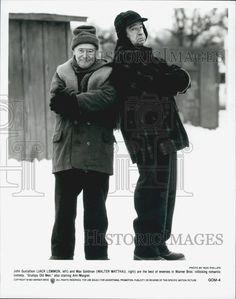 watch grumpy old men online grumpy old men 1993 director 1993 press photo jack lemmon and walter matthau in grumpy old men