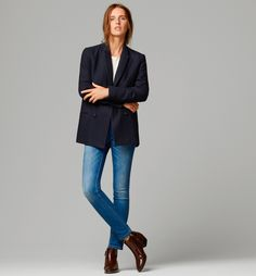Tabulous Design- Classic style with blue jeans, boots, navy blazer and a t-shirt.