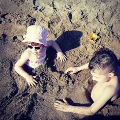 How to stop your kids from running around the beach? Burry them in the sand! You can thank me later. Thank Me Later, Parenting Fail, Funny Stuff, Cool Stuff, Run Around, Outdoor Fun, Keep It Cleaner, Summer Vibes, Islands