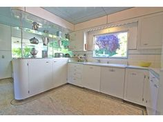 Late 40s white kitchen, Streamline Moderne