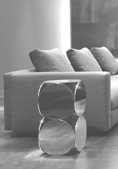 minotti mirrored end table