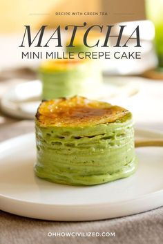 Step-by-Step Recipe for a delicious and dainty Gluten-Free Mini Matcha Mille Crepe Cake. Asian Desserts, Mini Desserts, Delicious Desserts, Paleo Sweets, Matcha Dessert, Matcha Cake, Green Tea Dessert, Crepes, Baking Recipes