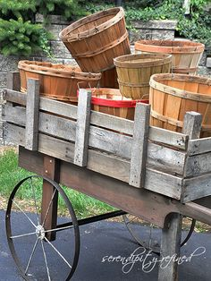 MUST make one of these!!!!   Rustic pallet wood cart, built by Serendipity Refined, featured on I Love That Junk
