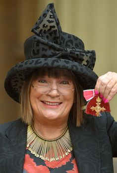 Hilary Alexander Fashion journalist Hilary Alexander holds her Officer of the Order of the British Empire (OBE) medal, after it was presente. Buckingham Palace, Manchester, Cowboy Hats, Poses, Empire, British, Fashion, Figure Poses, Moda