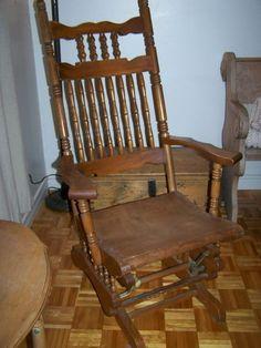 Kijiji vaisselier antique en bois 100 ils sont for Chaise bercante antique