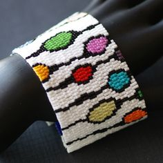 Circus Pods ... Peyote Cuff . Bracelet . Colorful . door time2cre8