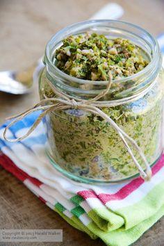 Vegan Kale and Walnut Pesto