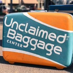 TIL that unclaimed baggage on airlines are auctioned off and some stores buy  them and resell them. 05c3acabeca80